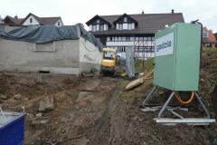 Abbruch der Käserei Adetswil, hinten Haus Eng-Hirzel