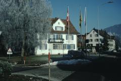 Dorfplatz, Gemeindehaus