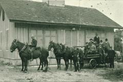 Ablösung Pferdegespann durch Motorspritze