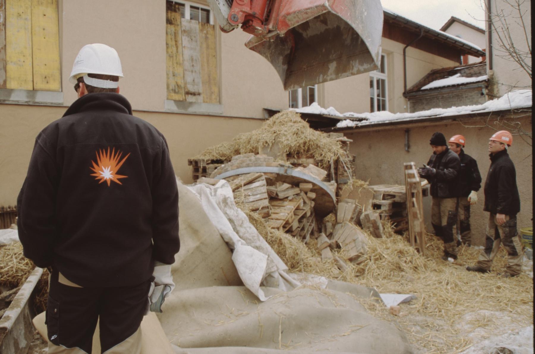 Sprengung Kamin Nach der Sprengung