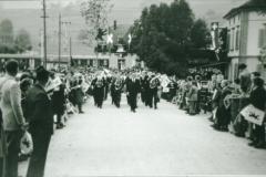 Bahneinweihung 1947, Musikverein mit Dirigent Otto Schaufelberger