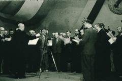 Bahneinweihung 1947, Abendprogramm Männerchor, Dirigent Otto Honegger (Lehrer)