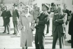 Schulhauseinweihung Dorf 1952, Fam. Hans Brunner, GdePräsident Reinhold Walder, W.Schenkel, Otto Egli