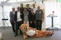 1275 Feier Gemeinderat mit Bär 2016, F.Wanner, F.König, M.Korrodi, E.Marzorati, B.Schoch, L.Dietrich, T.Megliola (Präsi), Th.Meier
