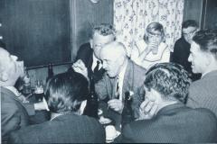 Linde, Wirtsstube, Tobler Heiri, Walder Reinhold + Walder Otti