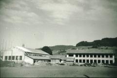 Primarschulhaus & Turnhalle im Bau