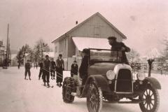 Baumastr, Skijöring mit Motorfahrzeug