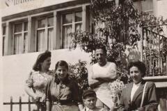 Gasthaus zum Löwen, Adetswil, Frau Ruth Furrer-Lehni 16 Jahre alt, mit H. Lehni