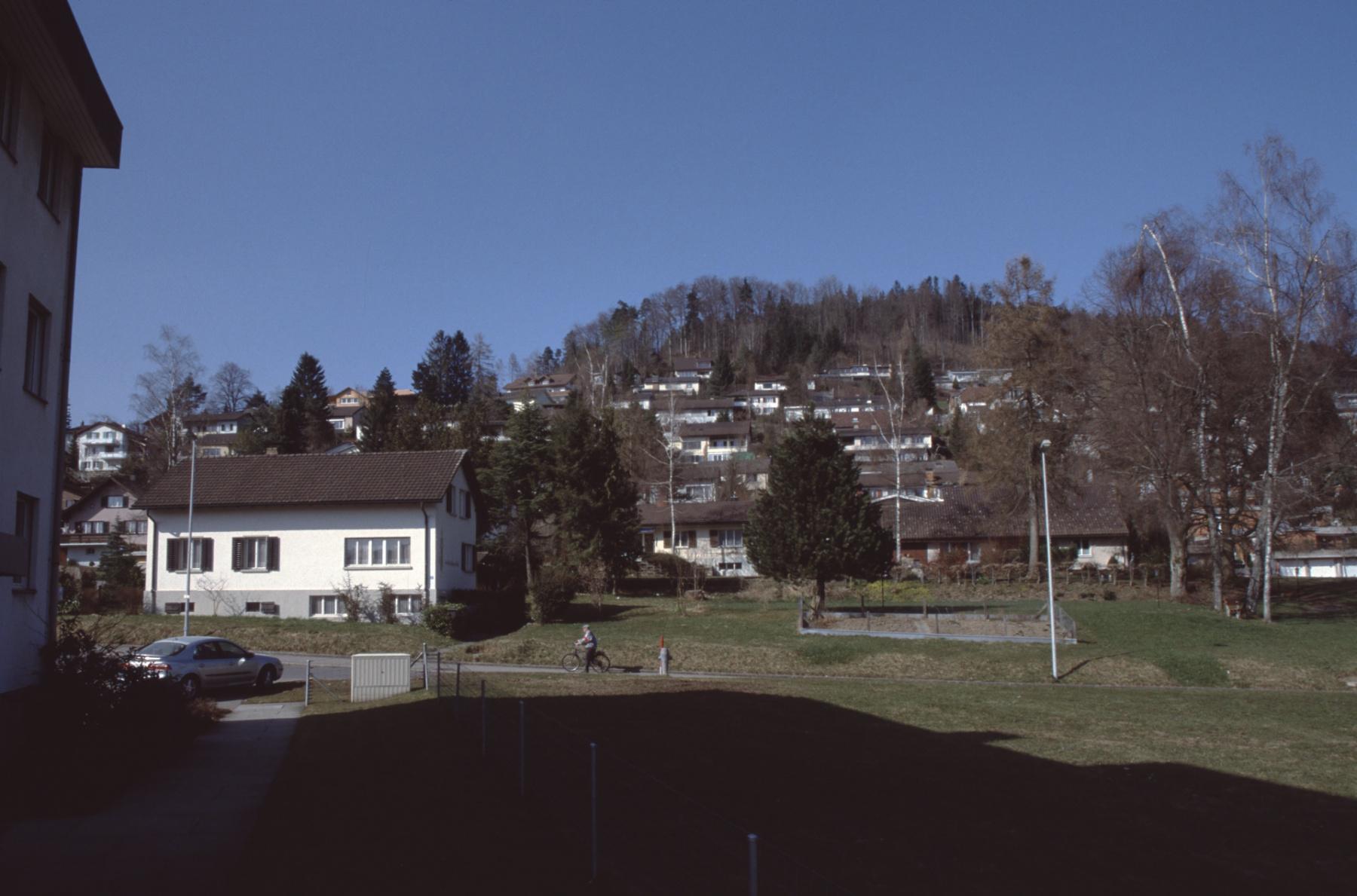 lk Schäppiblock, kath. Pfarrhaus, Hintergrund Aemet, ohne Bruder Klaus Kapelle