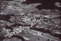Luftaufnahme Aemet, im Bau Haus Albrecht, letztes an der Rigistr