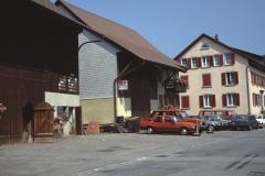 Adetswilerstr Garage Soriano, Stall Walder + Hiltag