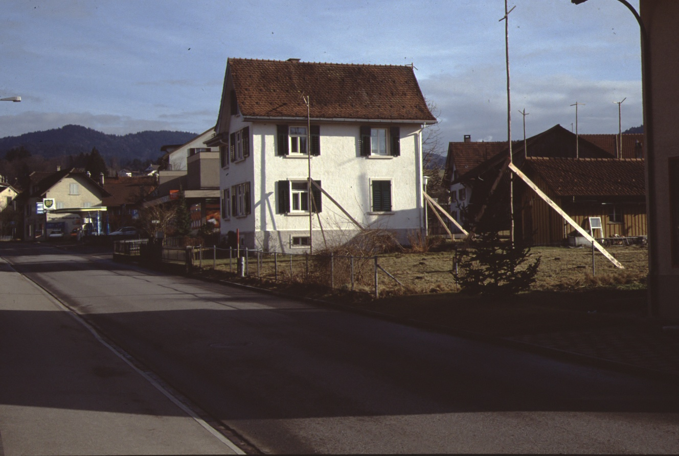 Bahnhofstr, Haus Buchmann mit Baugespann