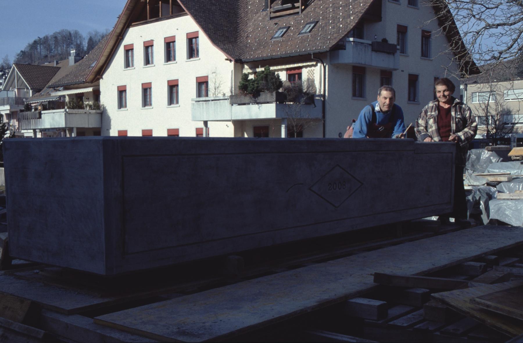 Boito Betonelemente, Brunnen fürs Ghöch, 4.5 m lang
