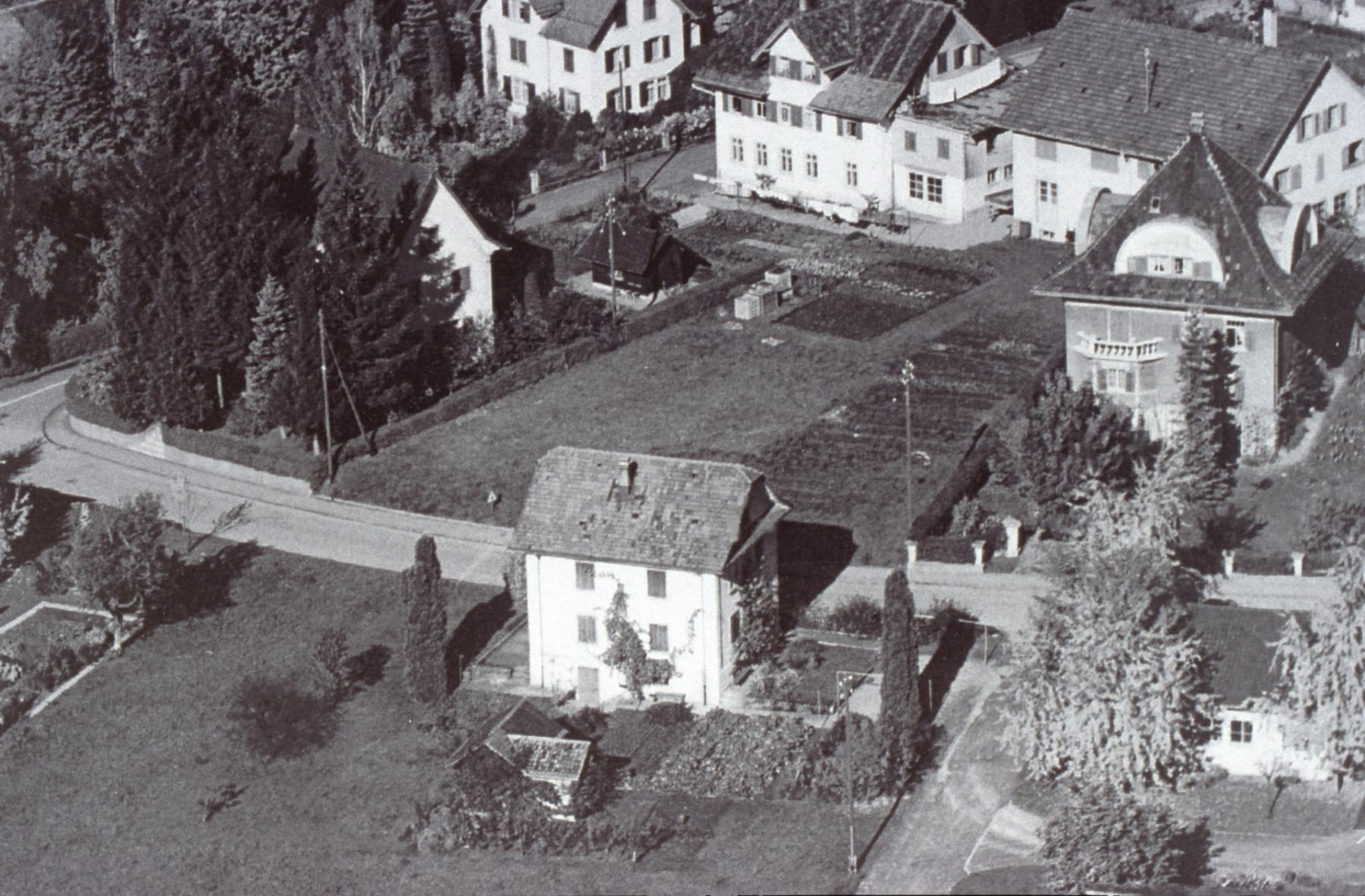 Güetli (erbaut 1921), Rotes Haus, Kantonalbank, ca 1950