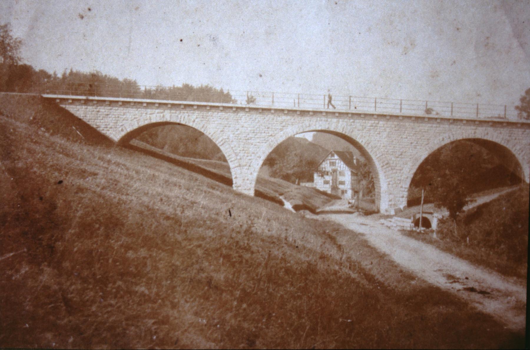 Bahnhofbrücke, Blick Rtg Mühle