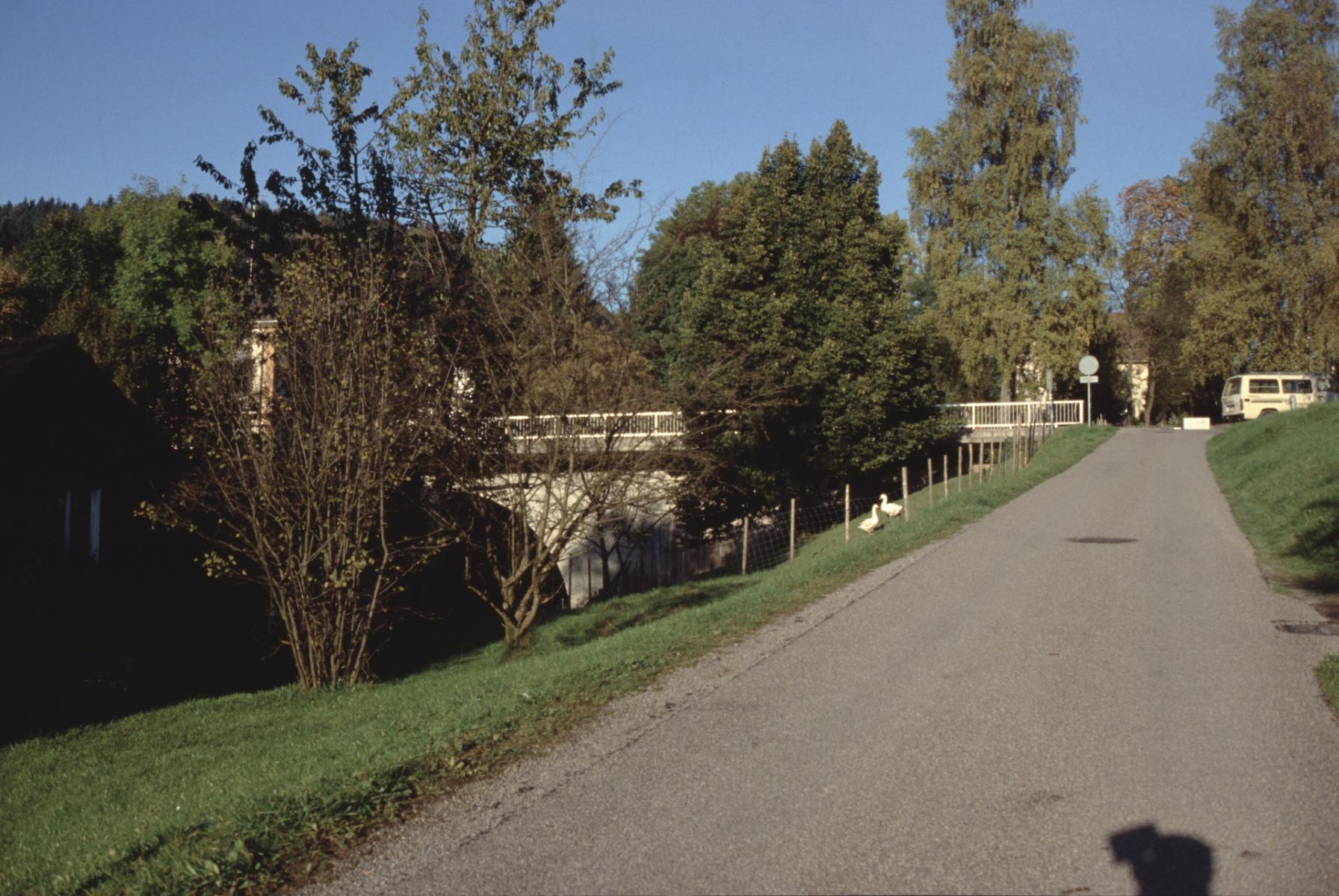 Bahnhofbrücke, Mühlerainstr