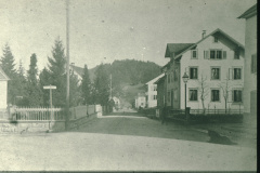 Baumastr., links altes Haus C.E.Spörri