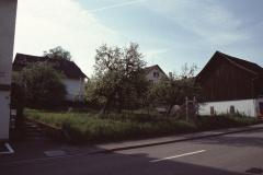 Baumastr., Lücke zwischen Haus Grimmer + Schopf Grimmer mit Baugespann