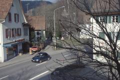 "Der Bärenplatz, lk Metzgerei ""zum Bären"", erbaut 1916 durch Bärenwirt Furrer, ab 1927 Bertschinger, seit 1980 Dorfmetzg Meier"