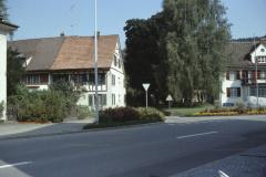 Dorfplatz und Schulhausstr