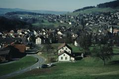 Oberhalb Waswies Rtg Dorf + Adetswil