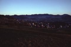 Kiesgrube. Blick auf Adetswil - Bäretswil