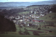 Blick vom Waldrand Ende Skilift Rtg Rüetswil - Bäretswil - Kirche - Aemet - Letten