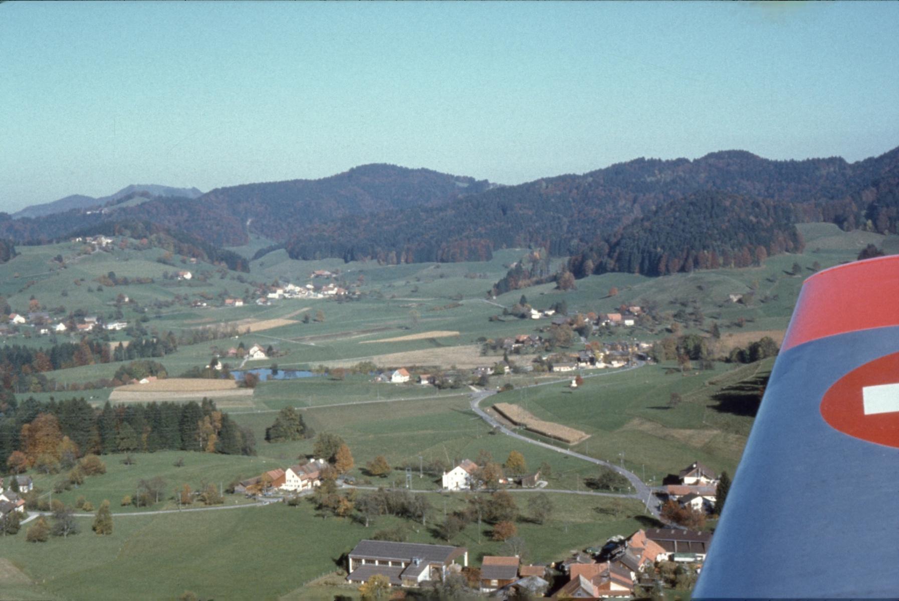 Luftaufnahme Tisenwaltsberg, Maiwinkel, Bettswil