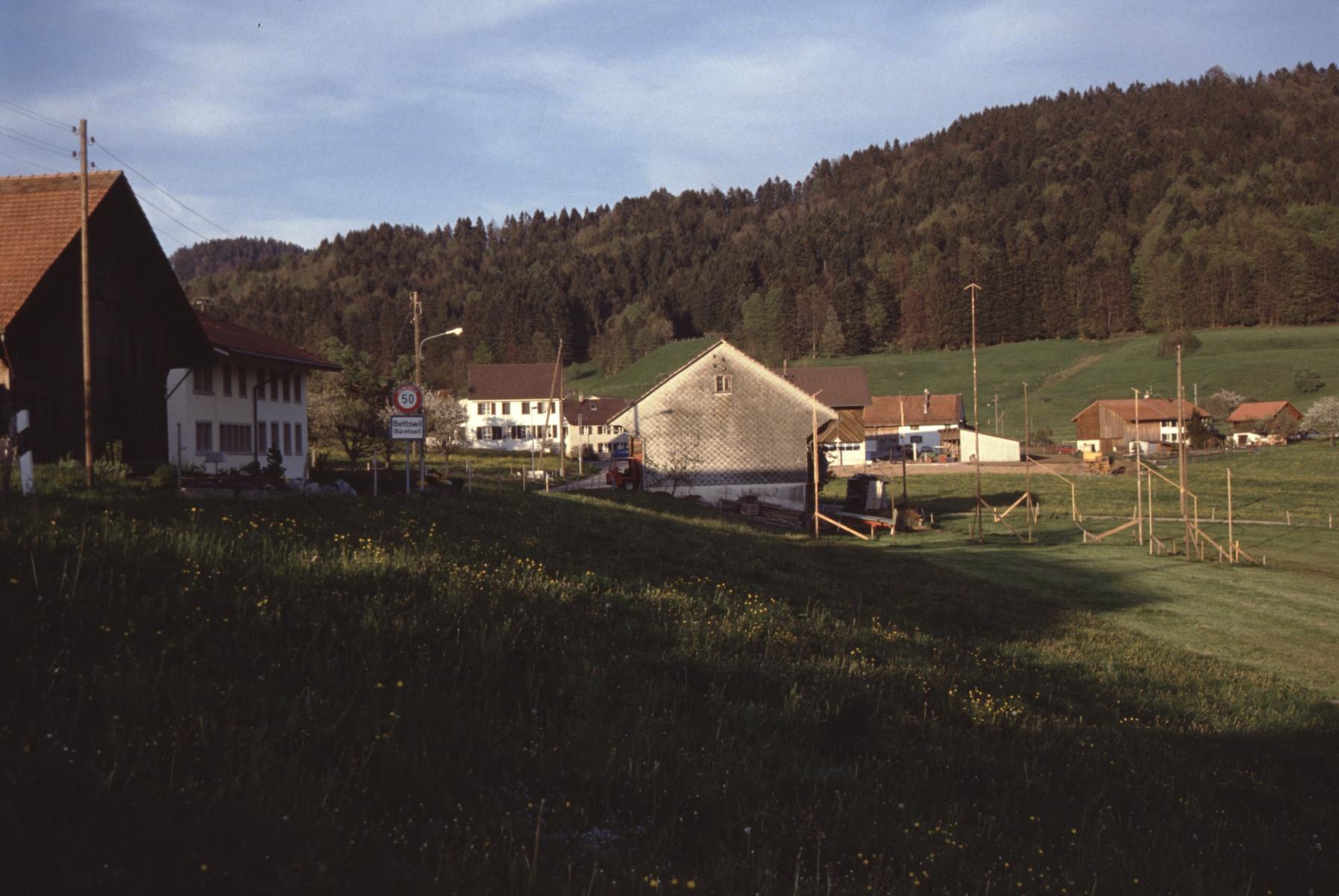 Baugespann E. Meier bei Scheune Meier