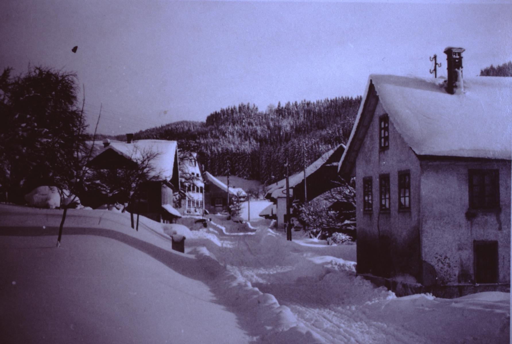 Dörfchen im Schnee