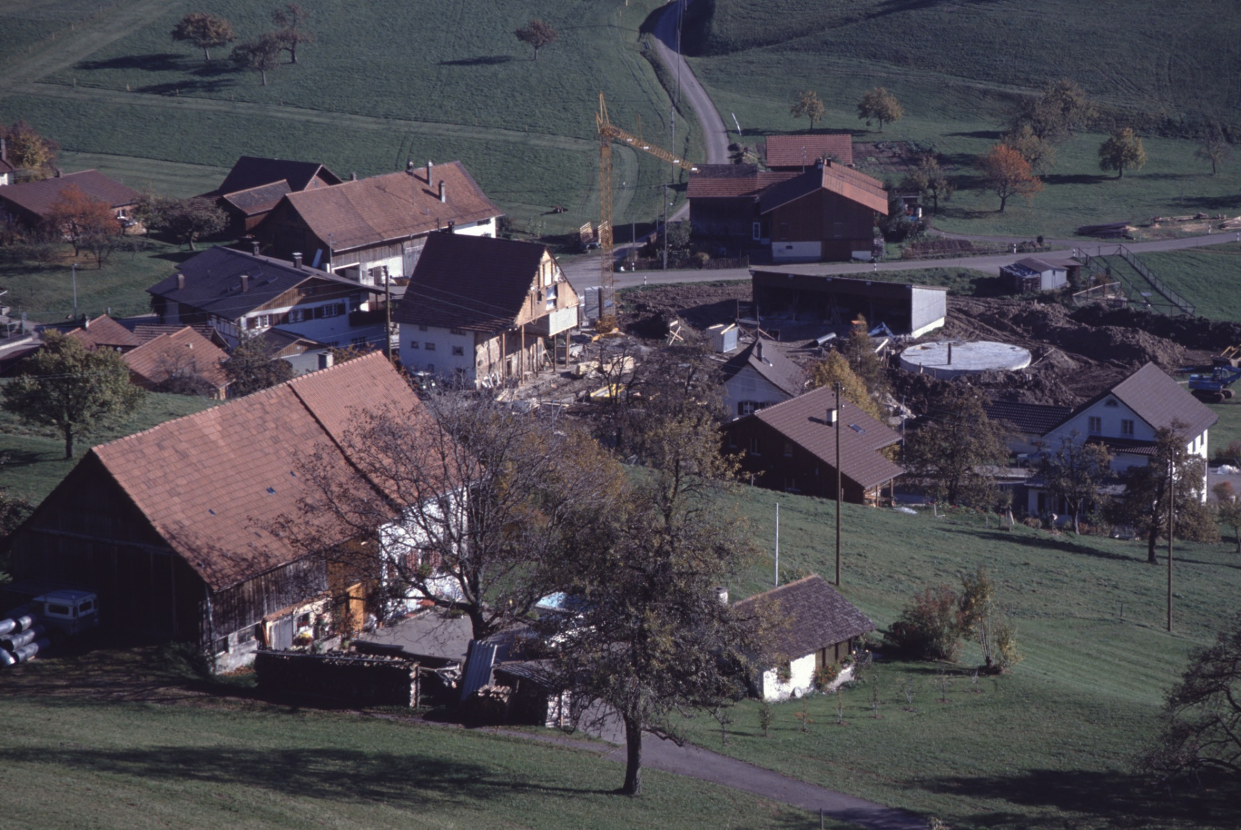 Allenberg. Blick Rtg Halde, Neub.Scheune Amacher