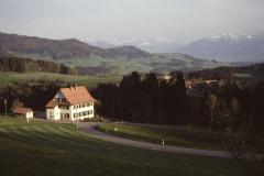 Schulhaus Dächer Chl.Bä. - Alpen