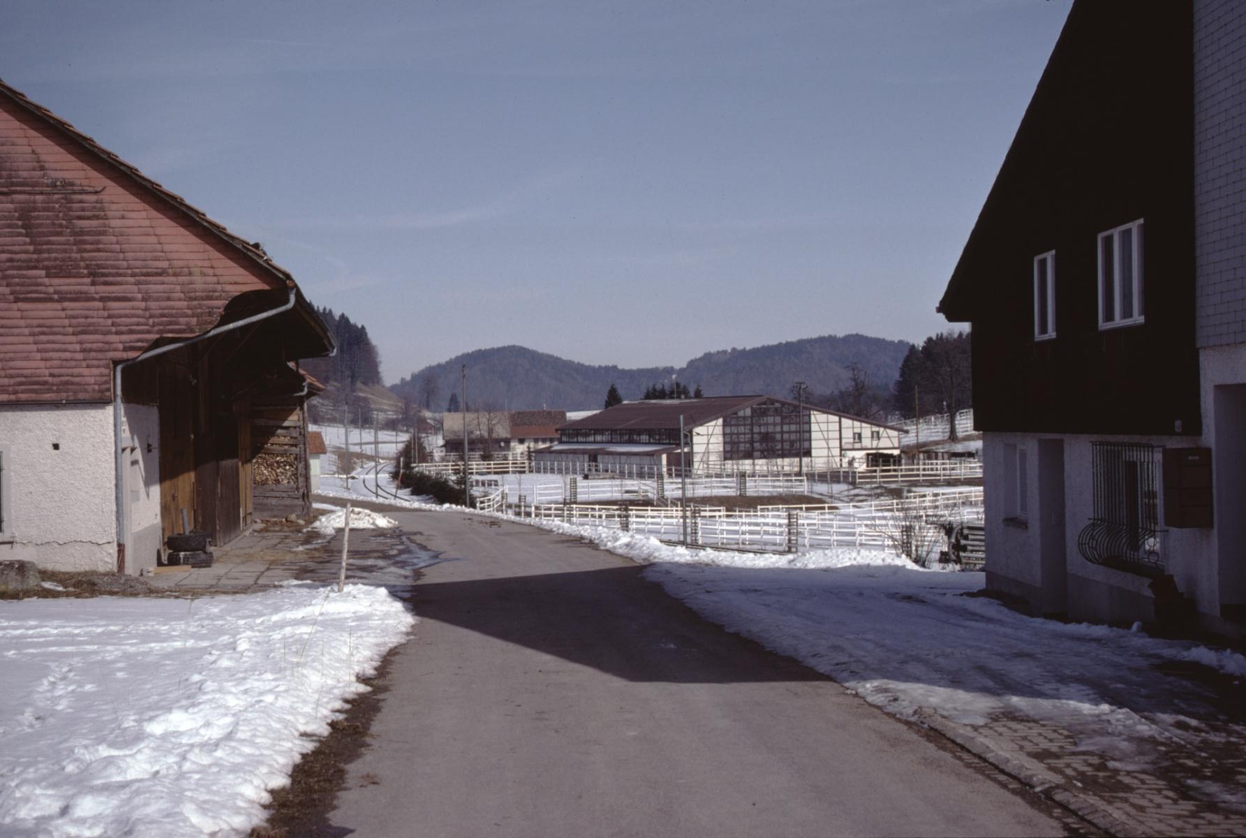 Bussental Haus U. Hauser - Reithalle