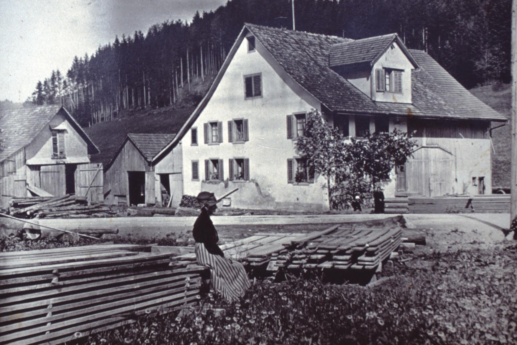 Kreuzstrasse mit Sägerei
