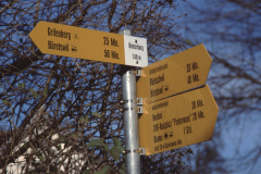 Hinterburg, Wegweiser