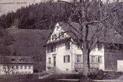 Kinderheim Sunnemätteli, seit 1919, Haus seit 1865, hinten, ehemalige Dreherei+Zwirnerei