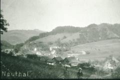 Blick auf Schulhaus, Mülichram
