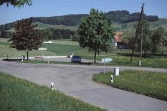 Hier stand das  Schulhaus Wappenswil