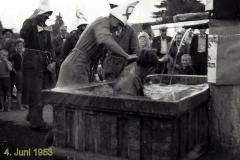 Meinrad Suter, Wassertaufe