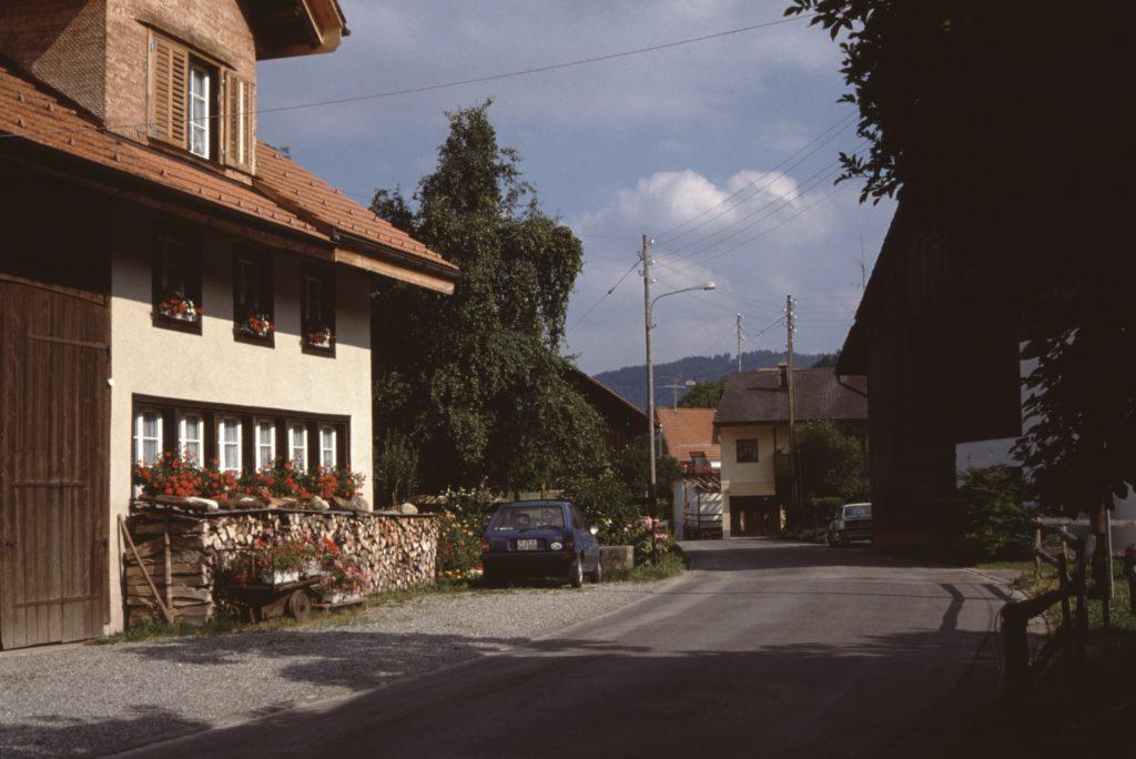 Aussenwacht Hinterburg mit Haus von Hans und Annemarie Welti.