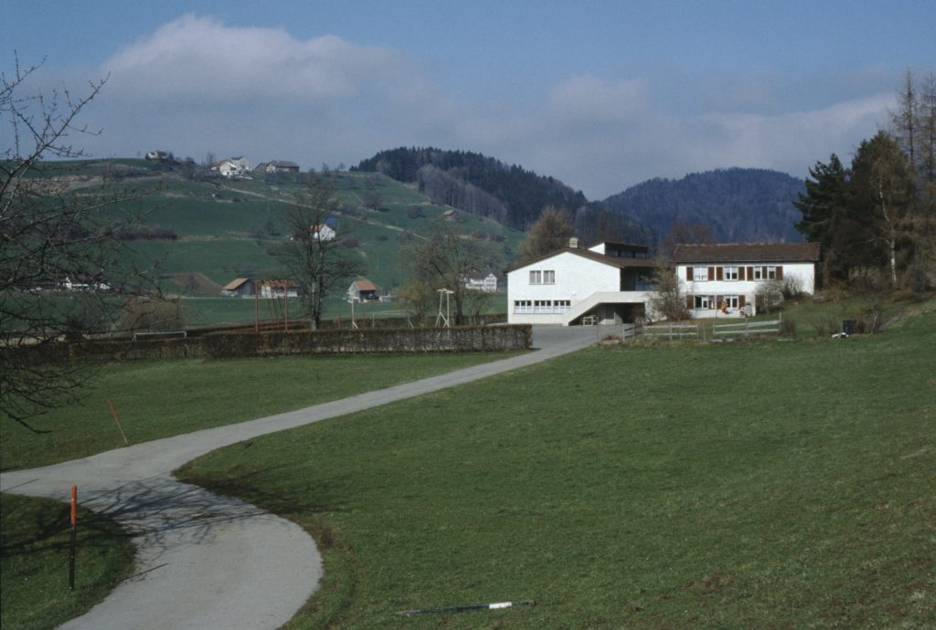 Schulhaus Maiwinkel und Allenberg