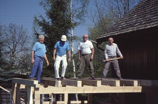 Aufrichtung des Erweiterungsbaus der Sagi Stockrüti.