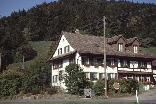 Das Sunnemätteli wird von der Heilsarmee geführt und ist ein Entlastungsheim.