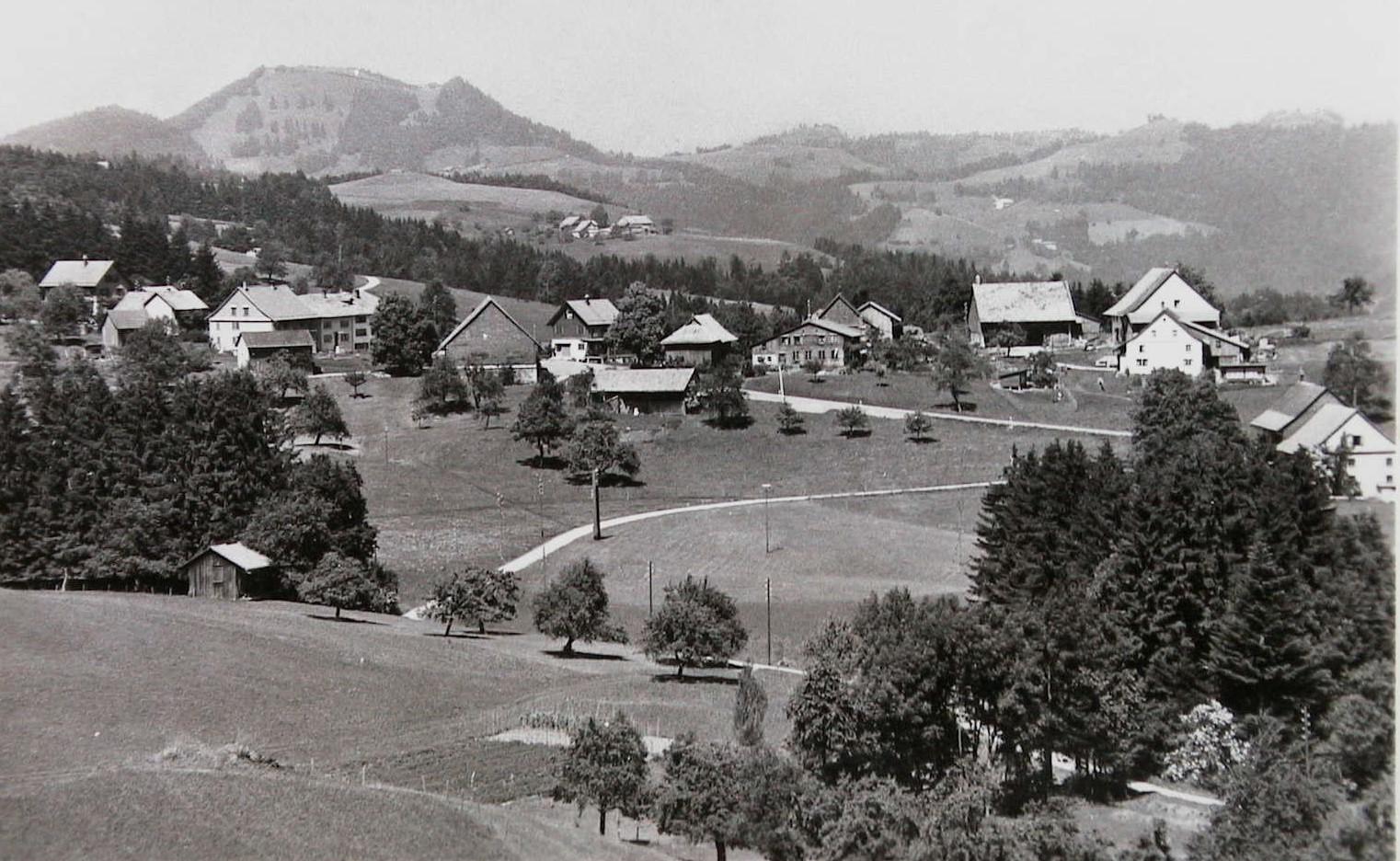 Blick auf Chlibäretswil von 1940.